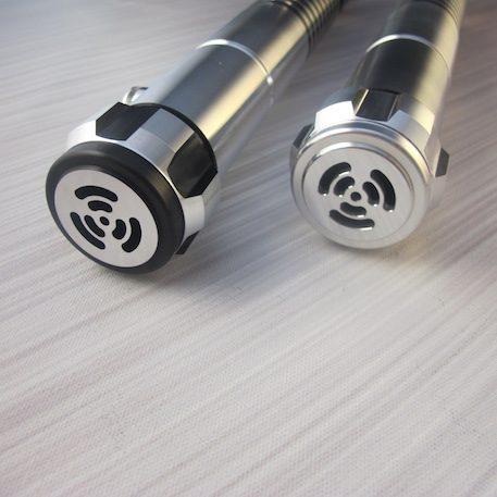 The Archon v2.1 Pommel Options: The Standard Pommel (Left), Classic Pommel (Right)